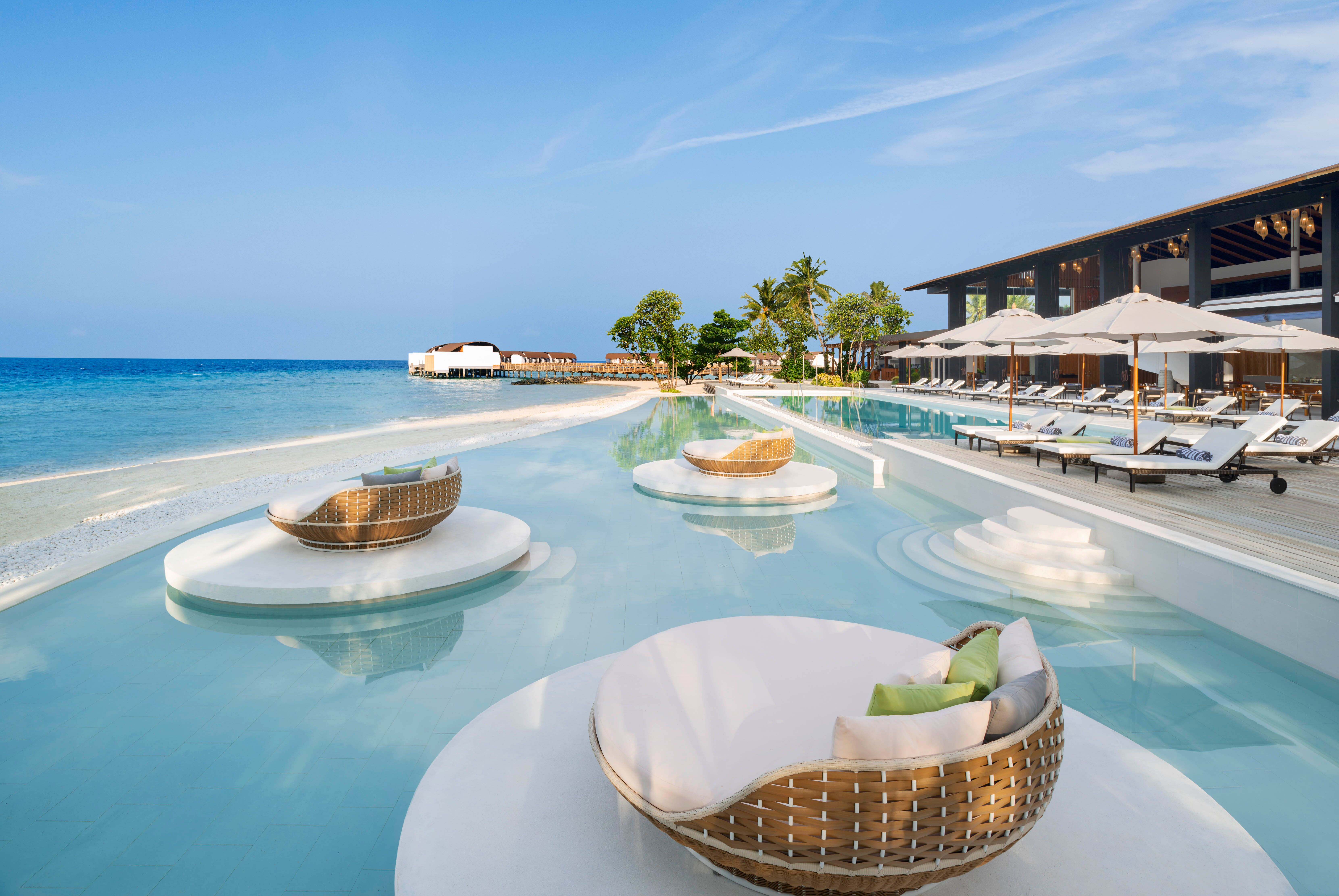 http://highend-traveller.com/the-westin-maldives-miriandhoo-resort-offers-ultimate-wellness-on-the-tropical-archipelago-oasis/