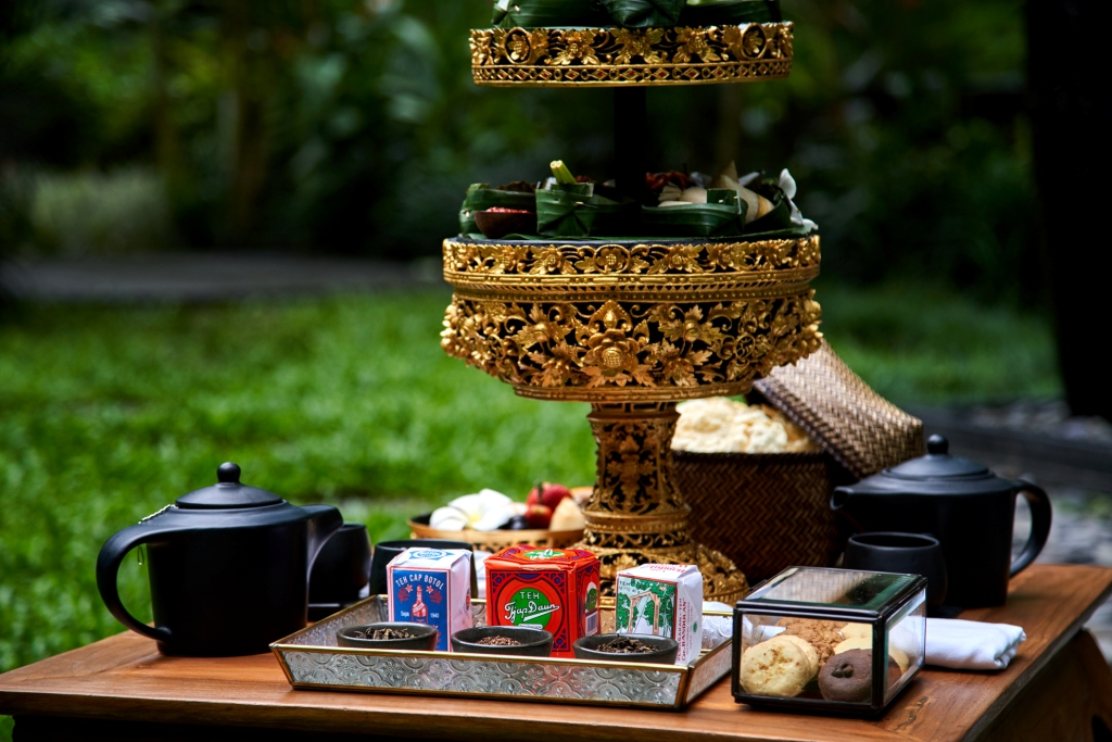 http://highend-traveller.com/enjoy-a-serene-afternoon-tea-time-at-samsara-ubud/
