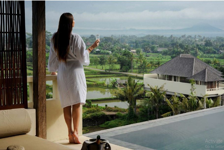 http://highend-traveller.com/komaneka-resorts-introduces-hilltop-two-bedroom-pool-villa-a-serene-home-by-the-sea/