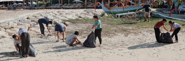 """Supporting National Environmental Day,  ARTOTEL Sanur held """"General Cleaning and Beach Clean Up"""""""