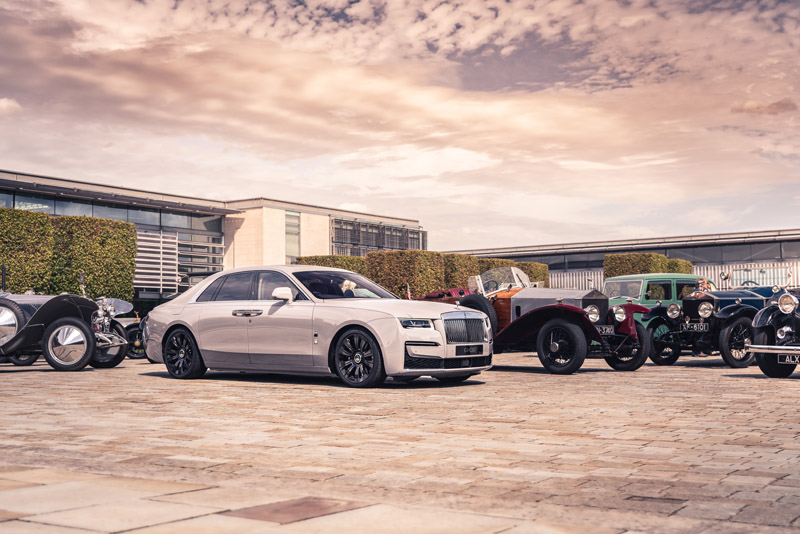 http://highend-traveller.com/rolls-royce-family/