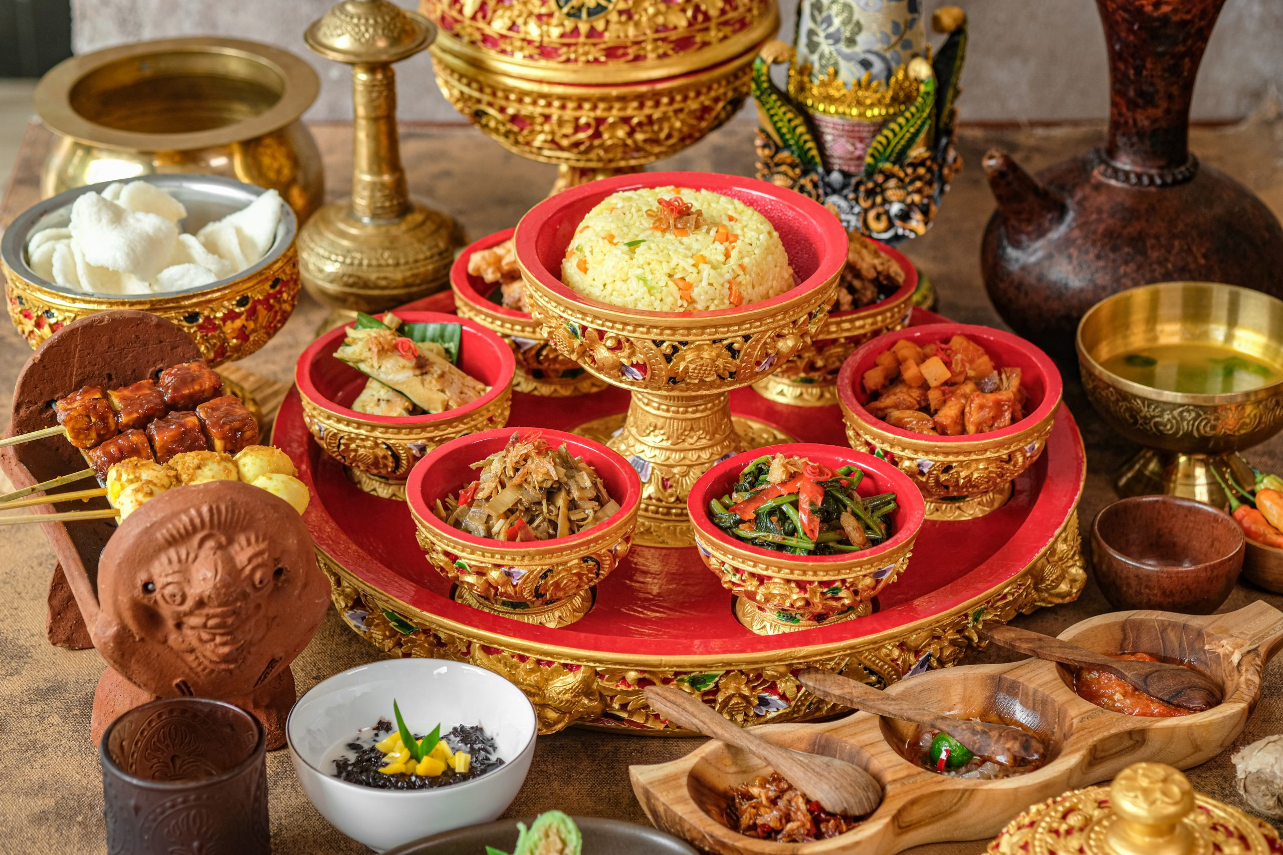 http://highend-traveller.com/royal-balinese-rijsttafel-at-dapur-raja/
