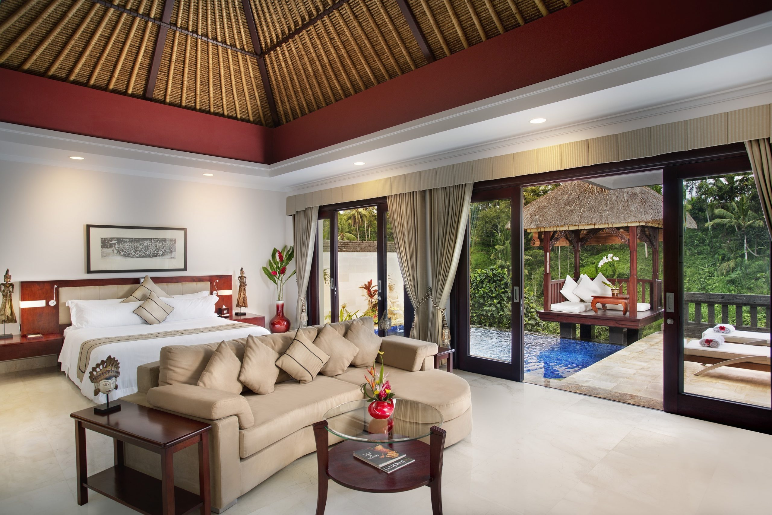 http://highend-traveller.com/viceroy-bali-launches-an-egg-citing-hotel-staycation-deal-for-easter/