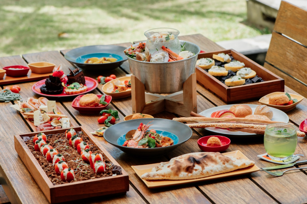 http://highend-traveller.com/the-westin-resort-nusa-dua-bali-launches-a-new-italian-dining-extravaganza-the-prego-crafternoon-sunday-brunch-for-a-family-sunday-full-of-entertainment/
