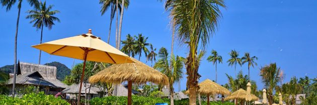 Thai Residents & Expat Families Experience A Beach Break With A Difference