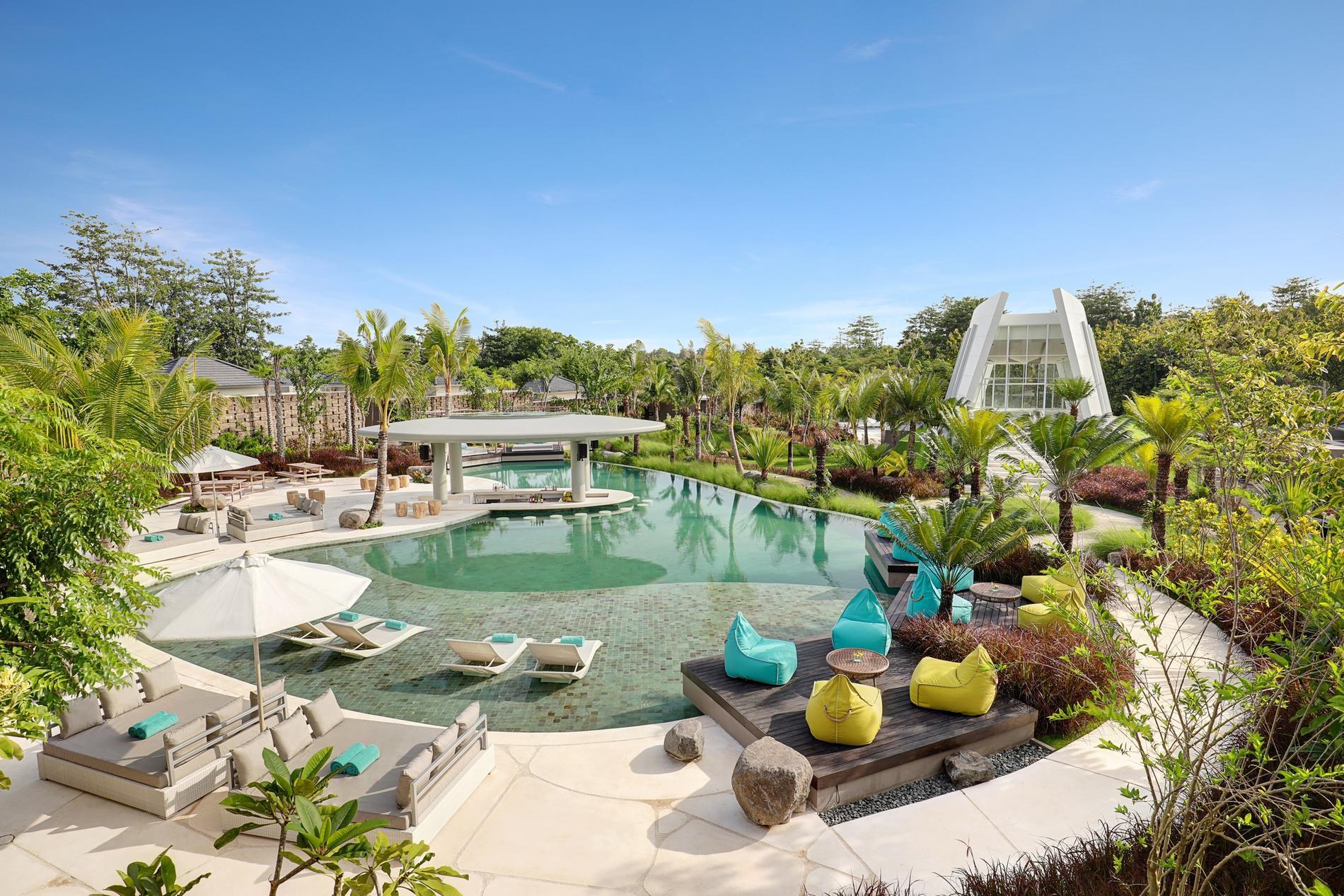 https://highend-traveller.com/the-newest-luxury-lifestyle-x2-bali-breakers-resort/