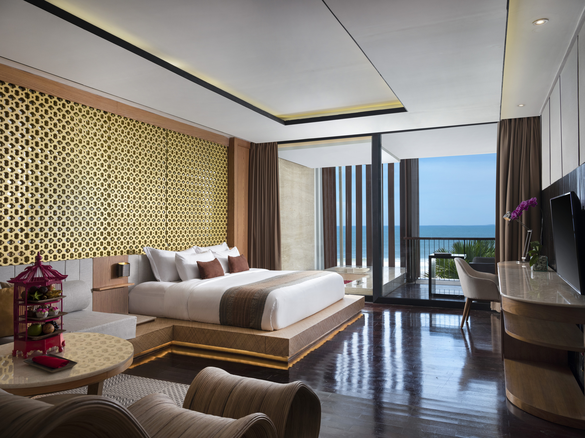https://highend-traveller.com/pay-now-stay-later-at-anantara-seminyak-bali-resort/