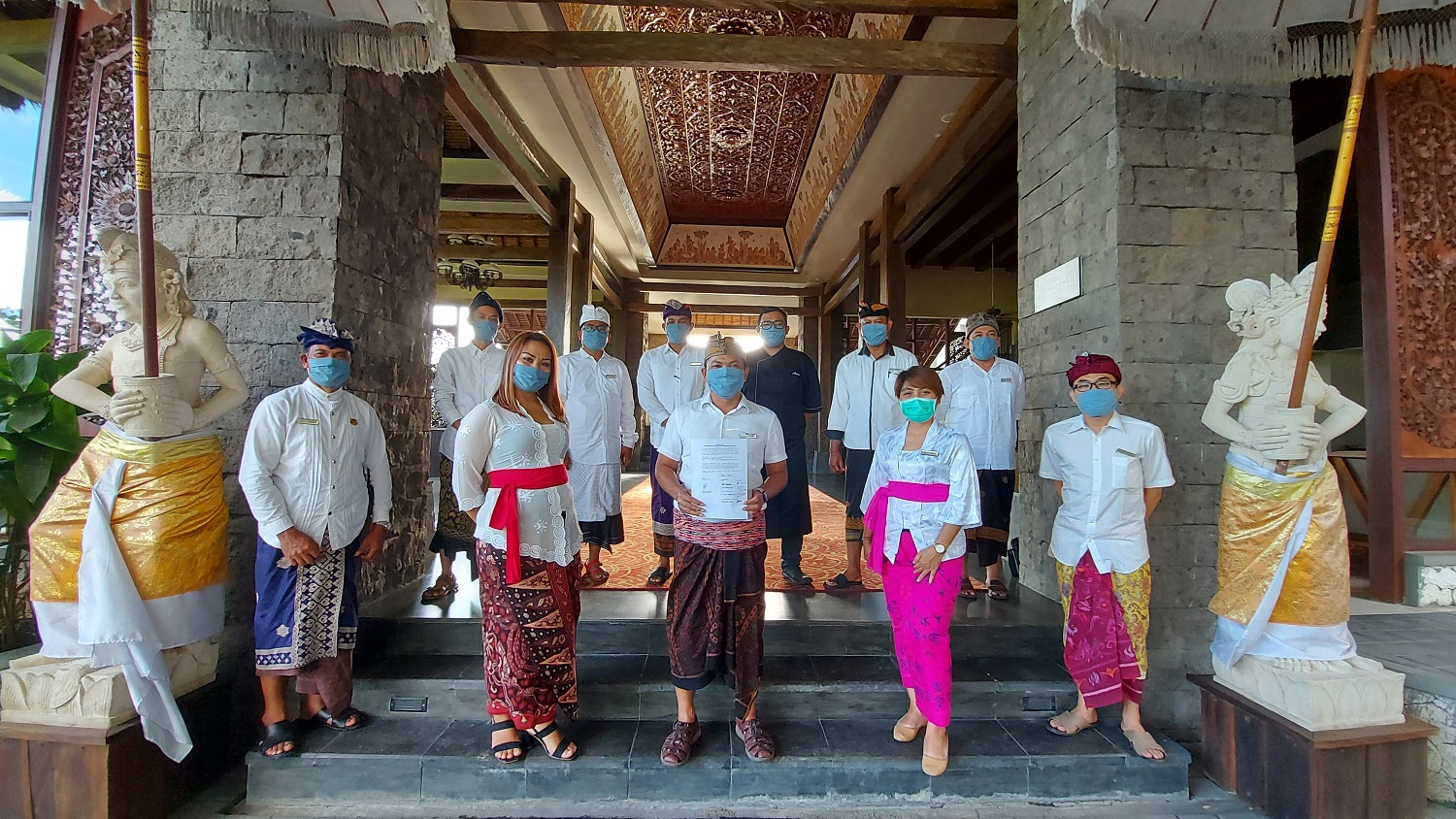 https://highend-traveller.com/sthala-a-tribute-portfolio-hotel-ubud-bali-receives-cleanliness-health-safety-and-environmental-sustainability-chse-certification-from-dinas-pariwisata-pemerintah-propinsi-bali-bali-government/