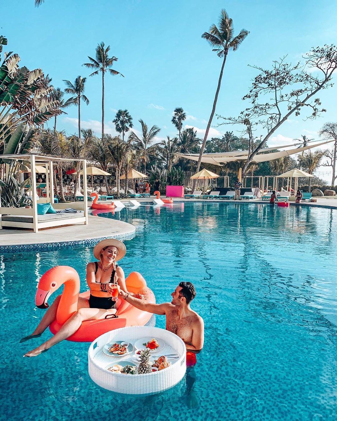https://highend-traveller.com/flamingo-bali-beach-club-re-opens-on-the-12th-of-september/