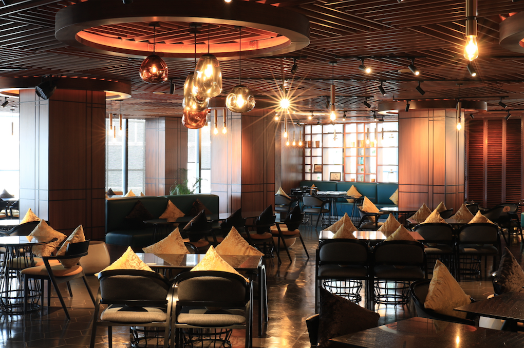 https://highend-traveller.com/al-gusto-italian-dining-and-bar-welcomes-back-customer-with-new-concept/